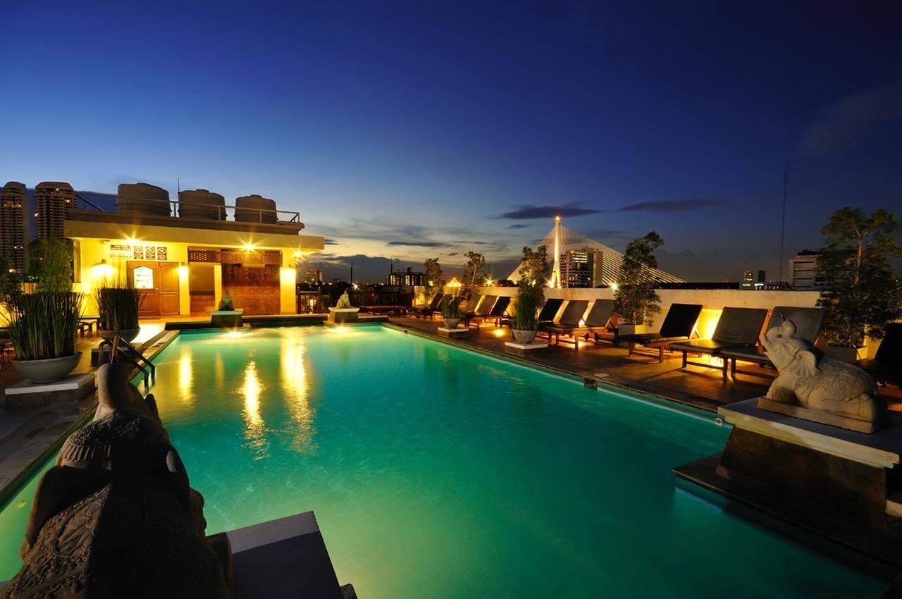 Rambuttri Village Plaza Hotel Bangkok met Zwembad